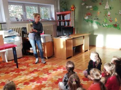 Dzień Kundelka - zajęcia w Miejskiej Bibliotece Publicznej
